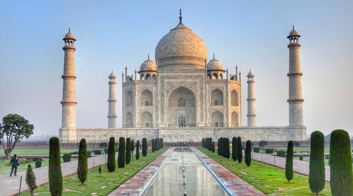 Indie zpáteční letenky za 9.790 Kč