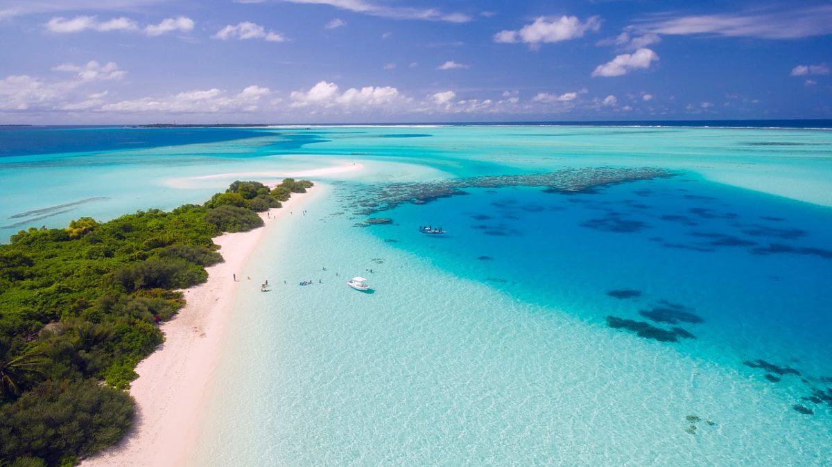 Kam na dovolenou k moři v listopadu